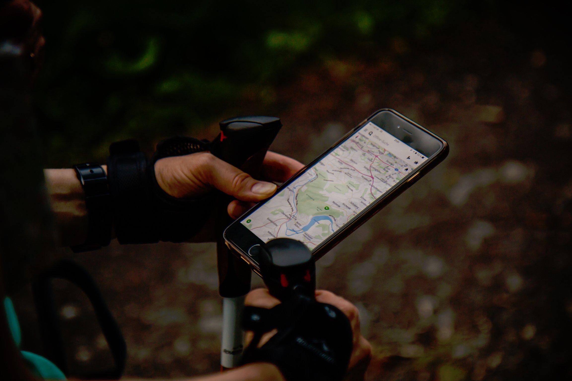 SOLUÇÕES DE RASTREAMENTO GPS